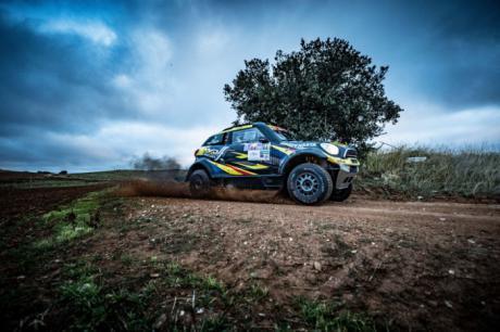 Victoria portuguesa en la etapa prologo del Rallye TT Cuenca
