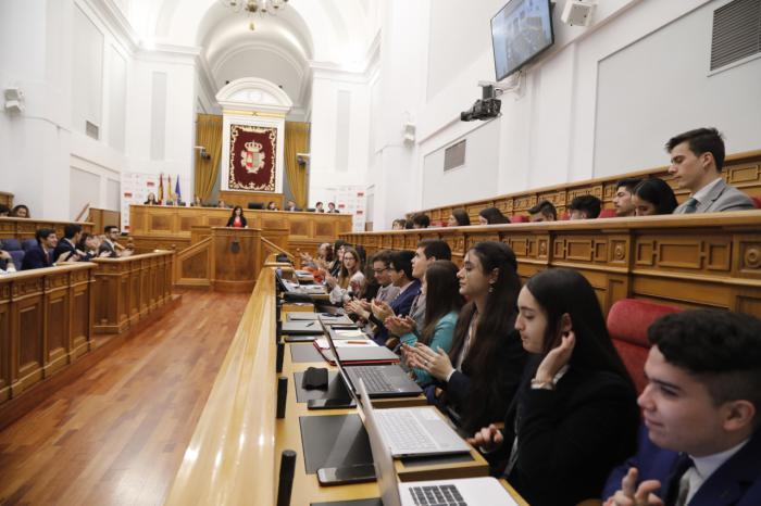 """""""Somos el parlamento más prolífico en lo que va de legislatura, con nueve leyes aprobadas"""""""