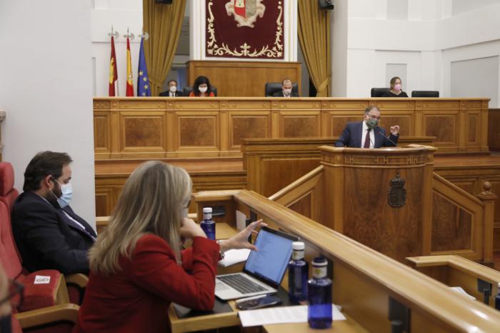Las Cortes regionales aprueban la Ley SUMA para agilizar y simplificar trámites urbanísticos