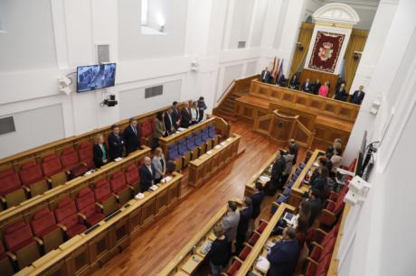 Unión por la igualdad de género en las Cortes de Castilla-La Mancha en vísperas del 8M