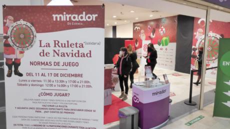 La Navidad del Mirador arranca con la donación de 1.000€ a Cáritas Cuenca y 5.000€ más en premios directos para sus clientes