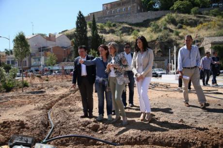 La alcaldesa de Toledo anuncia 240.000 euros para la mejora del vial de Santa Bárbara entre el colegio Ángel del Alcázar y el Hospital Provincial
