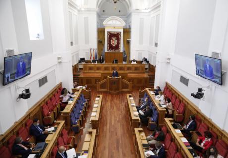 El Pleno arranca con apoyos unánimes al sector del calzado y a la donación de vacunas para los países en vías de desarrollo