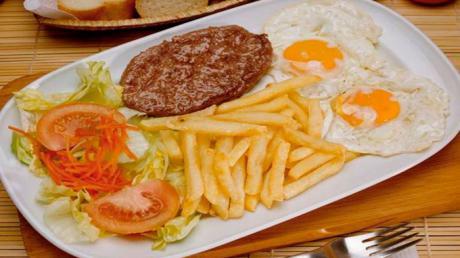 CEAT Cuenca indica que el Supremo ha dictado que los autónomos pueden deducirse las comidas de trabajo
