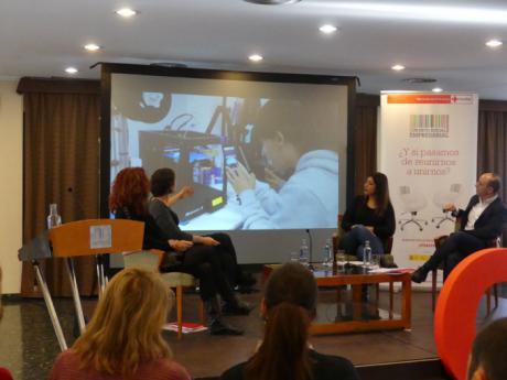 Cruz Roja invita a reflexionar sobre empleo y economía digital