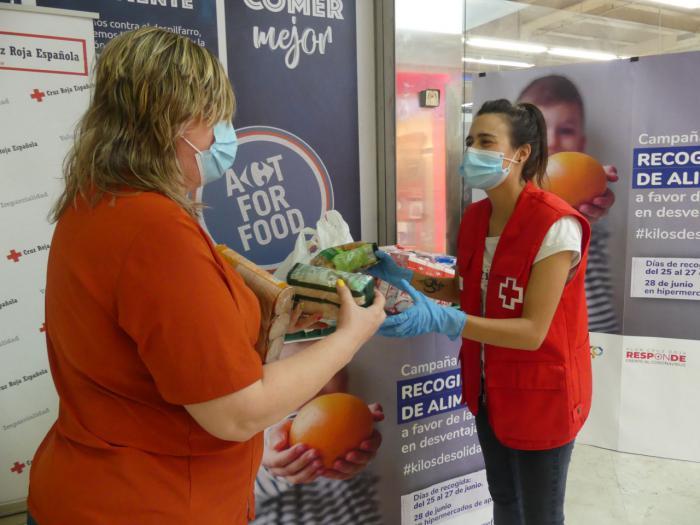 Cruz Roja distribuye en la provincia cerca de 5.000 kilos de alimentos a favor de más de 150 familias en dificultad social