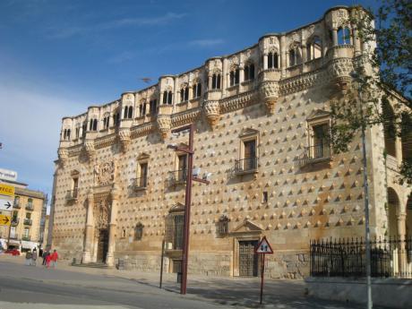 Los monumentos de Guadalajara amplían desde mañana el horario matinal
