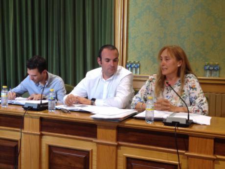 """Amores: """"Ciudadanos se abstendrá siempre que el PP no cumpla con lo pactado porque no firmó un cheque en blanco"""""""