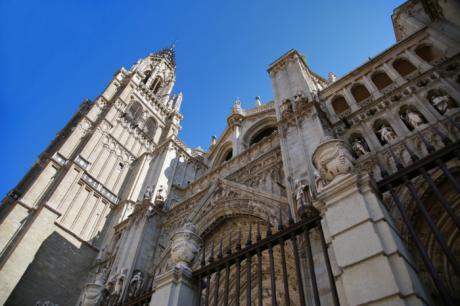 Milagros Tolón anuncia que el Gobierno de España incluirá en 2021 la Catedral Primada en el Plan Nacional de Catedrales