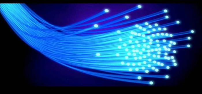 Castilla-La Mancha extenderá la fibra óptica a otras 120 localidades y 44 polígonos más de aquí a final de legislatura
