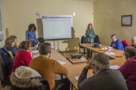 El Fórum de la Discapacidad realiza un taller de higiene bucodental