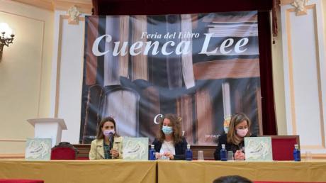 La presentación del cuento infantil Moccarella abre el debate sobre el acoso escolar