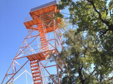 Dos torretas más de vigilancia y 1 patrulla móvil son las novedades en el dispositivo contra incendios forestales en la provincia este año