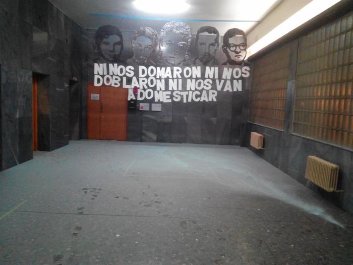 Acto vandálico contra la sede de los sindicatos