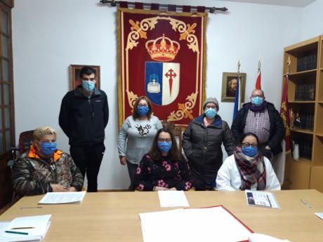 Firmados los convenios colectivos del Personal Laboral de los ayuntamientos de Talayuelas y Fuente de Pedro Naharro