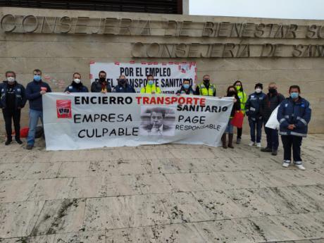 Los delegados de CCOO de la UTE Ambulancias Cuenca levantan el encierro en Sanidad