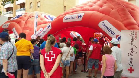 Carrefour dona a Cruz Roja más de 3.700 euros a favor de la infancia en riesgo de exclusión de la provincia