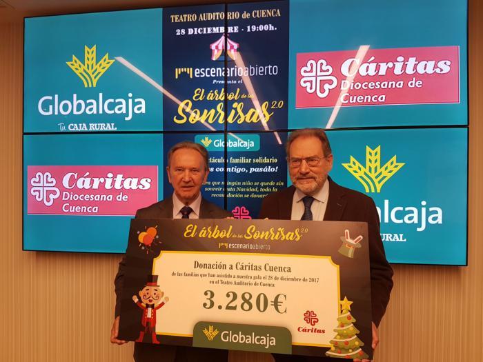 Globalcaja entrega a Caritas Diocesana de Cuenca la recaudación del espectáculo solidario 'El Árbol de las Sonrisas'