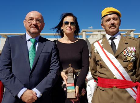 La Unidad Militar de Emergencias (UME) reconoce a la dirección de la Escuela de Protección Ciudadana de Castilla-La Mancha