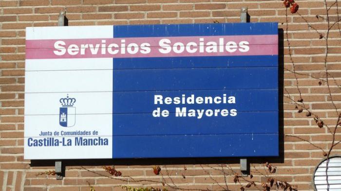 García-Page anuncia que Castilla-La Mancha contará en 2019 con mil plazas más con financiación pública en las residencias de la red regional