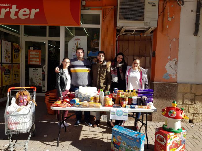 NNGG Serranía de Cuenca entrega lo recogido en ¨Populares Solidarios¨ a Cáritas Cristo del Amparo