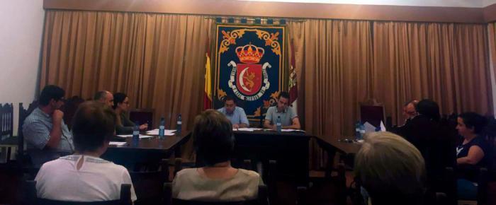 El pleno del Ayuntamiento de Huete defiende las inversiones del Convento de Santo Domingo y del camino Huete-Mazarulleque sin el apoyo del PSOE