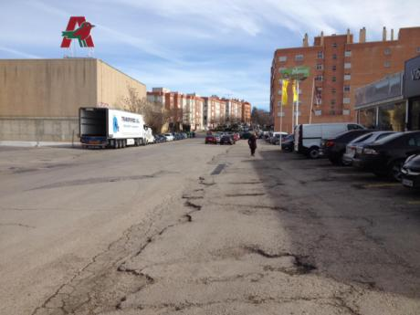 Ciudadanos propone reurbanizar la avenida de los Alfares entre las glorietas del Policlínico y la A40
