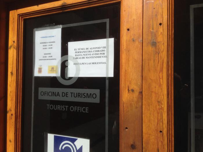 Denuncian el cierre de los túneles turísticos de la calle Alfonso VIII y Calderón de la Barca