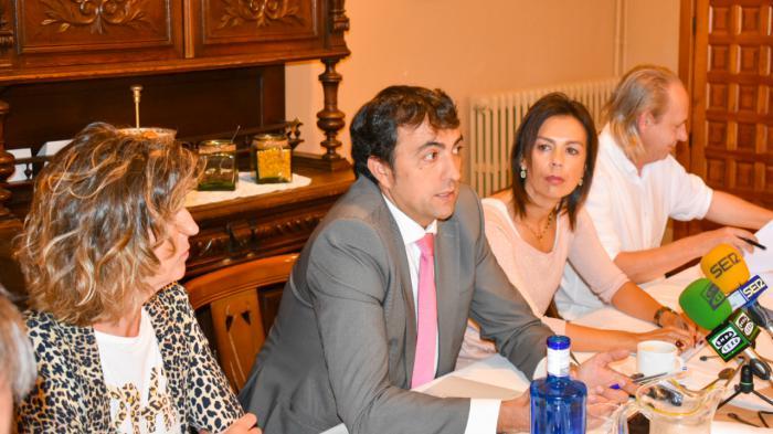 """El Grupo Popular advierte que """"Dolz y Gómez son incapaces, a pesar de su rodillo, de iniciar la elaboración de los Presupuestos Municipales para 2020"""""""