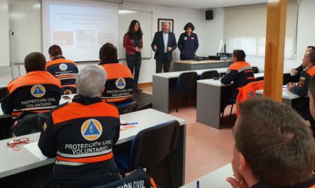 Voluntarios de Protección Civil de la región conocen diferentes sistemas de comunicación en las emergencias