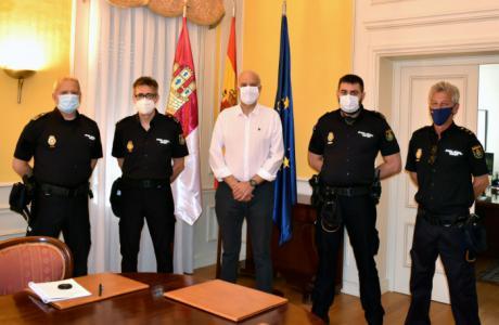 Llegan tres nuevos inspectores a la Comisaría Provincial de la Policía Nacional