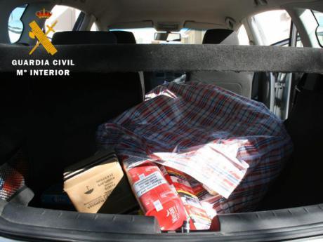 La Guardia Civil ha detenido a dos de los atracadores del establecimiento de Cabañas de la Sagra