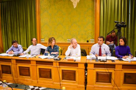 El Grupo Popular solicita al equipo de gobierno que modifique el Decreto aprobado de medidas tributarias para que beneficie a todos los contribuyentes