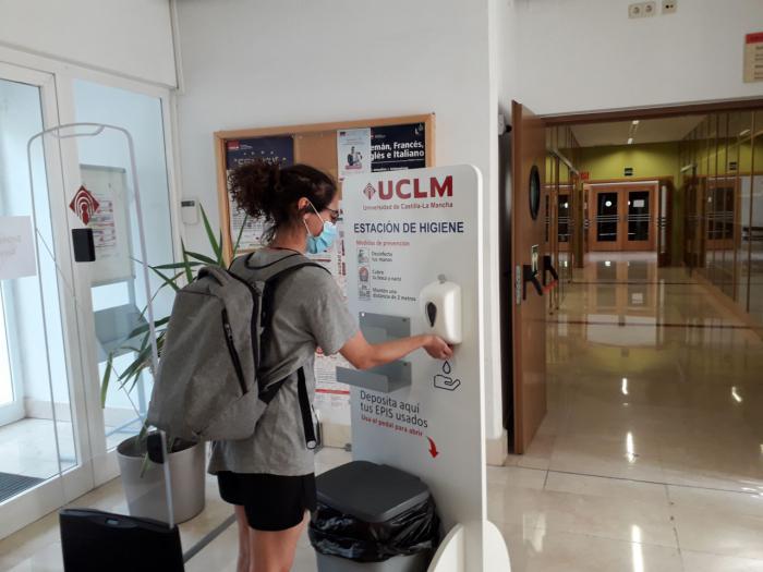 Las bibliotecas de la UCLM comienzan a abrir sus instalaciones a los usuarios de forma escalonada