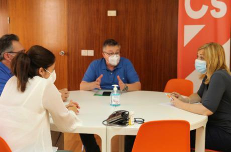 Planificación y seguridad: Ciudadanos y Concapa coinciden en sus planteamientos de cara al inicio del curso escolar