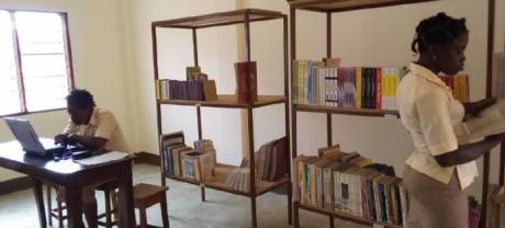 La solidaridad conquense permite culminar los proyectos de educación de mujeres y menores en Benín y Congo-Brazzaville