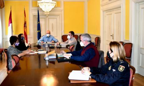 La Subdelegación del Gobierno en Cuenca acoge la reunión de evaluación del Plan Director de Centros Educativos