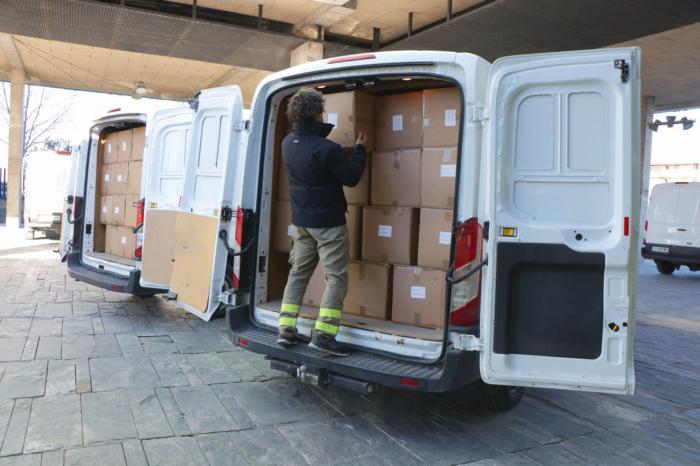 Sanidad ha distribuido más de medio millón de artículos de protección para profesionales sanitarios en las dos últimas semanas