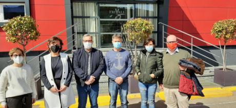 El secretario general de CCOO-Industria C-LM y la secretaria general de CCOO-Cuenca visitan las instalaciones de la cárnica Frivall en Villar de Olalla