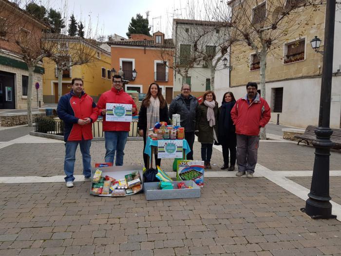 NNGG Huete obtiene 200 kg de alimentos con la campaña ¨Populares Solidarios¨