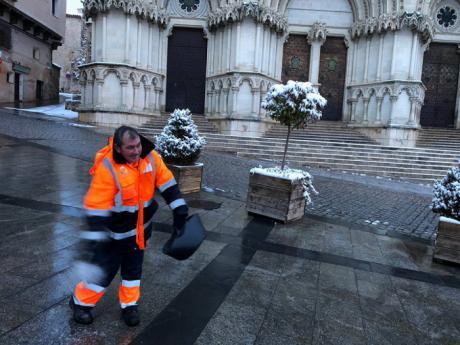 Mariscal felicita a los trabajadores del Pemuvi por el esfuerzo y coordinación demostrados durante las nevadas