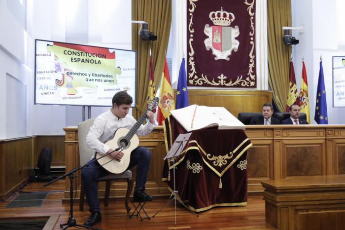 """Las Cortes de Castilla-La Mancha acogen el lunes 7 el acto del Día de la Constitución para celebrar """"la mejor España"""""""