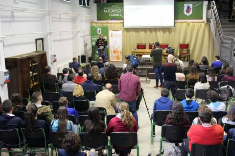 La Asociación de la Prensa de Cuenca involucra a los alumnos del IES Alfonso VIII en el conocimiento de la profesión periodística