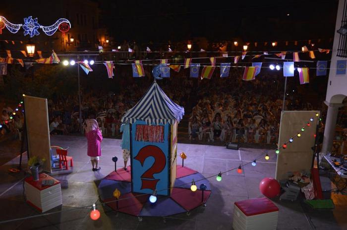 La Plaza Mayor es escenario de las Jornadas Culturales de Feria y Fiestas 2018 para disfrute de los moteños