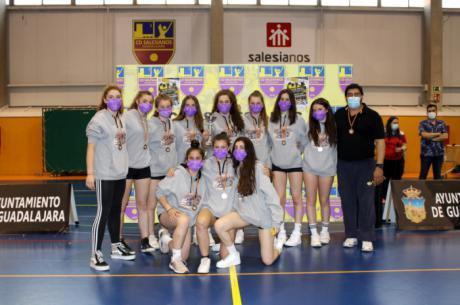 El Club de Voleibol Iniesta queda tercero en la Liga Juvenil de regional