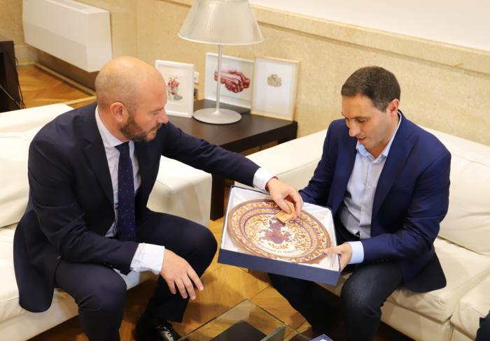 Visita institucional de Martínez Chana a la Diputación de Valencia