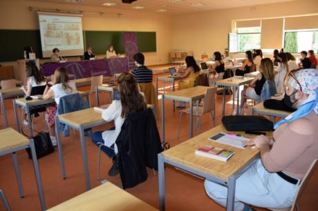 El campus de Cuenca analiza en un curso de verano la relación entre la comunicación y la moda