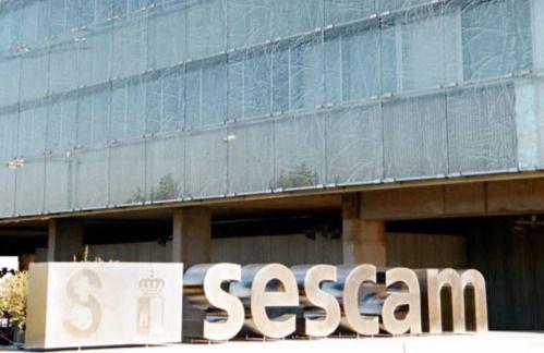 El Sescam oferta 373 plazas de formación especializada, 92% más que en 2014