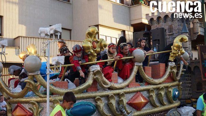 El desfile de carrozas ocasionará restricciones de tráfico en las calles del recorrido