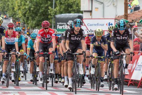 Fotogalería   La Vuelta 2017 a su llegada a Cuenca